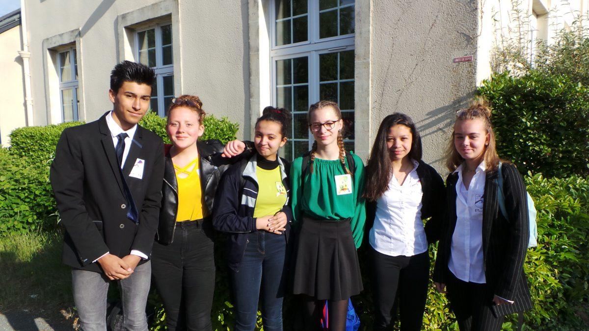Uniform Day - Collège Saint Jean Baptiste de La Salle